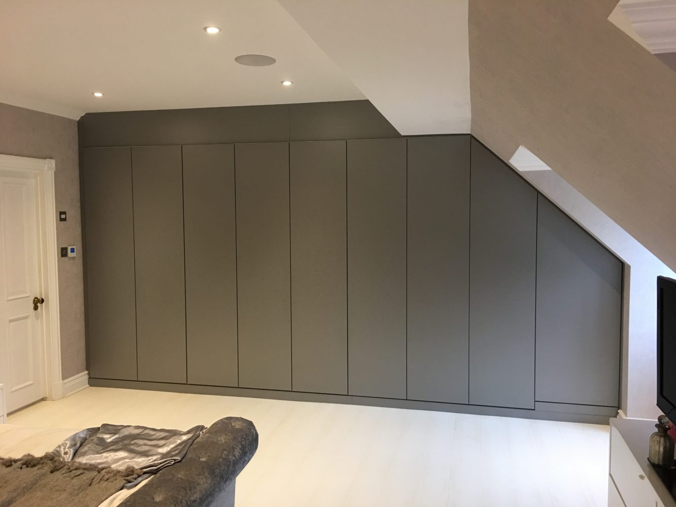 Read this article before you buy ed wardrobes England Built In Wardrobes on built in dining, built in storage, built in showers, built in fireplaces, built in bureaus, built in lockers, built in cupboards, built in lamp tables, built in bars, built in shutters, built in bookshelves, built in books, built in shelving, built in bedrooms, built in dressers, built in toy boxes, built in desks, built in drawers, built in closets, built in trunks,